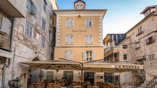 Plaza Marchi Heritage Hotel