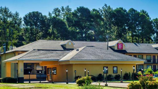 Red Roof Inn Columbus, MS