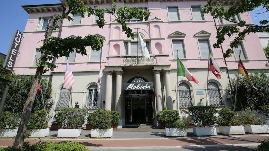 孟特比安科莫肯巴酒店