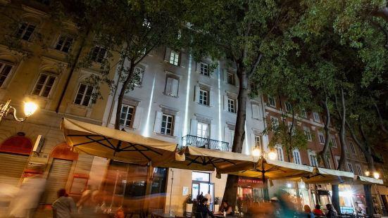Casa Novecentotre Rooms e Apartments