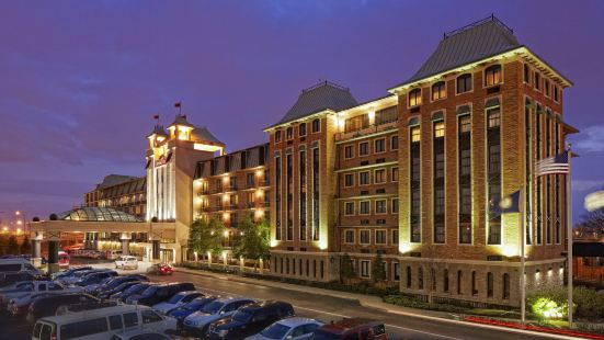 Crowne Plaza Louisville Airport Expo Center