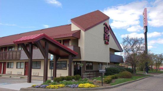 坎頓紅屋頂酒店
