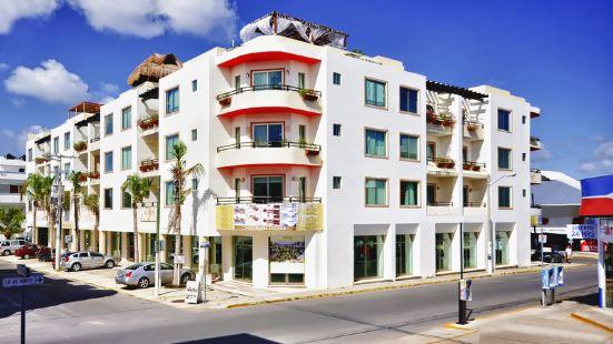 Encanto Riviera Condo Hotel