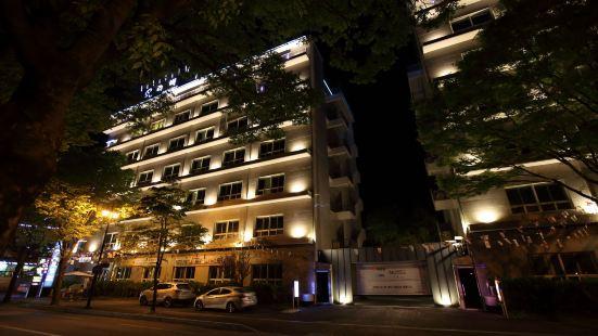 호텔 리버
