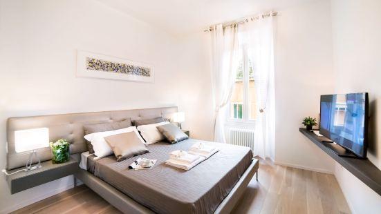Rent in Rome - Valentino Luxury