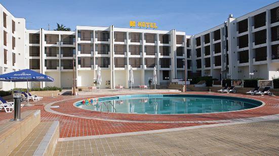科洛瓦爾酒店