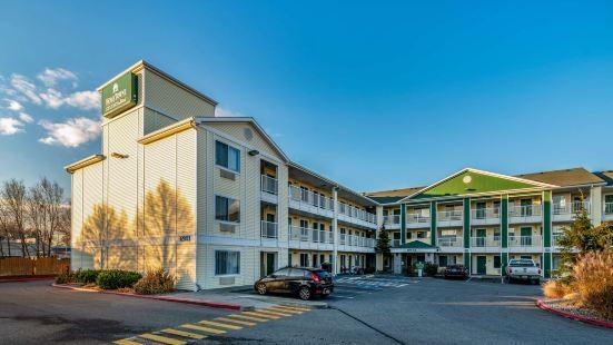 HomeTowne Studios Spokane - Valley