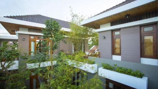 Hanging Garden Hoi An