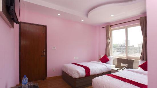 OYO 370 迪威達哈餐廳酒店