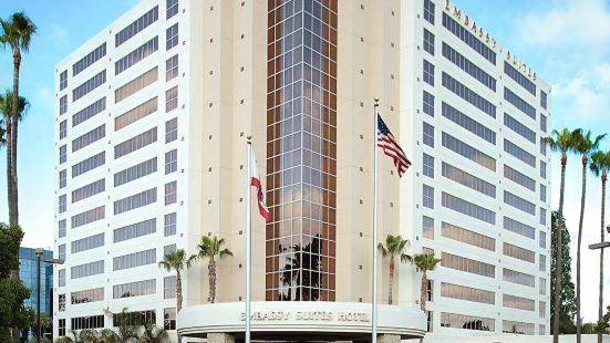 希爾頓聖迭戈大使館套房酒店 - 拉霍亞