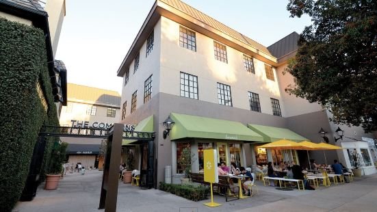Pasadena 2B2B Apartment