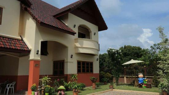 Standard Villa/Chiang Mai Small House
