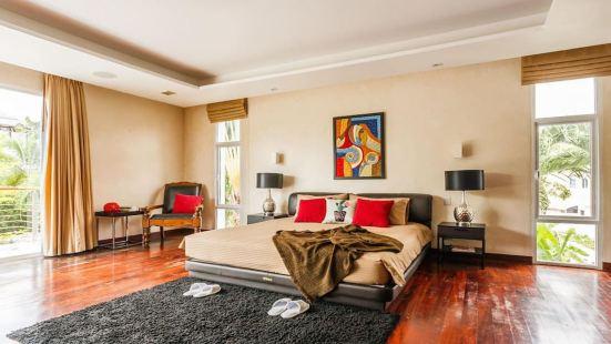 61L泰国普吉岛卡姆马拉区5卧室别墅巨型泳池