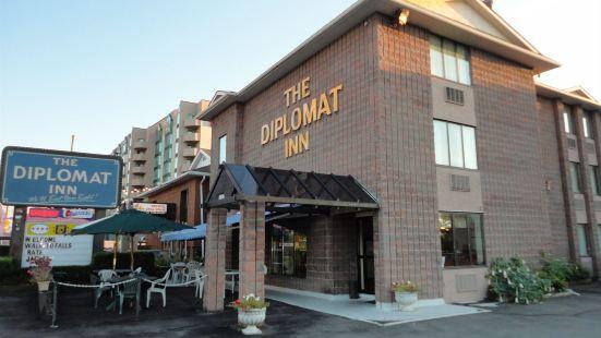 Diplomat Inn