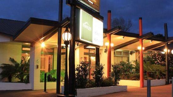 昆斯敦西岸人家旅館