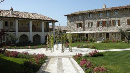 Chervò Golf Hotel Spa, Resort & Apartment San Vigilio