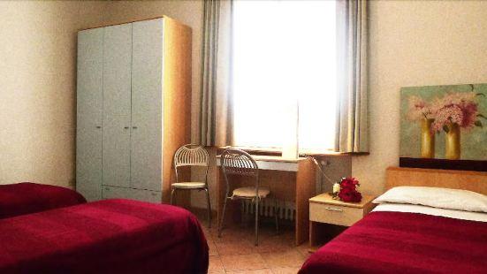 向日葵之家酒店