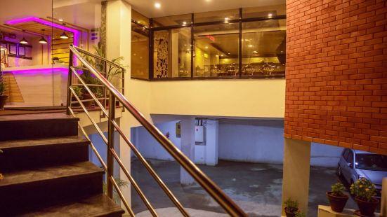 Hotel MAA Laxmi Inn