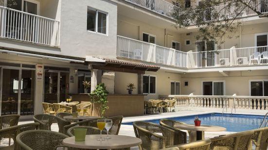 普拉亞阿雷納爾典雅酒店