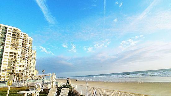 Emerald Shores Hotel - Daytona Beach