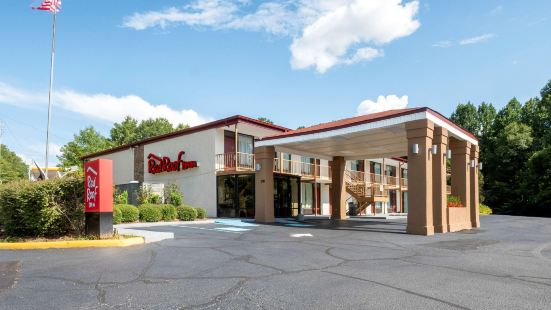 Red Roof Inn - West Point