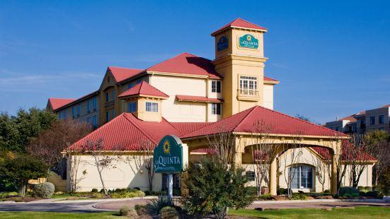 奧斯汀西南拉昆塔套房酒店