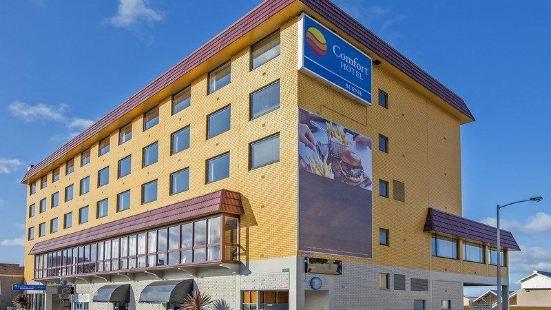 博尼中心聯排酒店