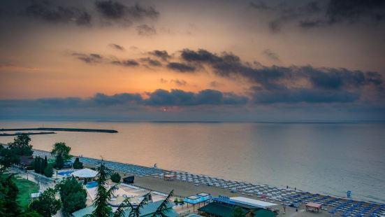 棕櫚海灘酒店 - 全包式