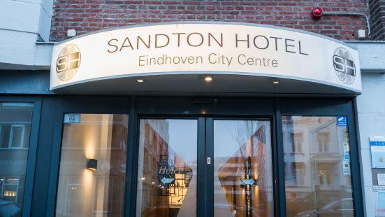 桑頓愛因霍温中心酒店