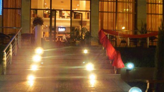 Solish International Hotel