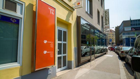 Internesto Apartments Downtown