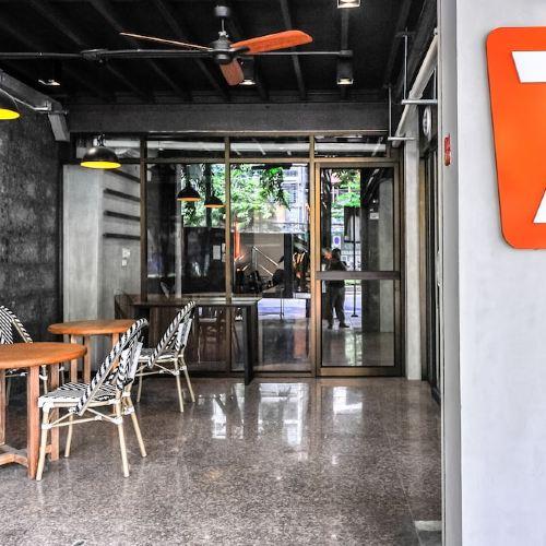 7 Days Premium at Icon Siam