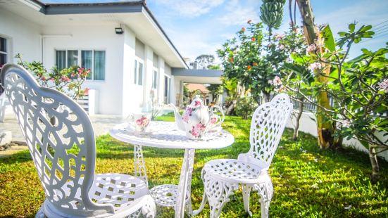 Bangsaray Chuan Chom Pool Villa