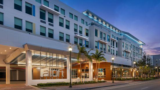 德爾雷比奇雅樂軒酒店