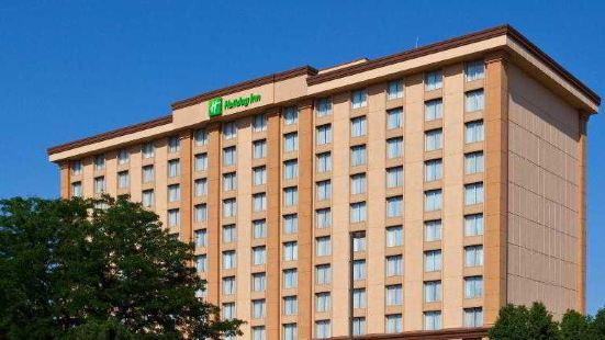 Holiday Inn O'Hare Area