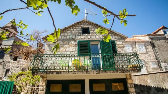 Guesthouse Ana Trogir Old Town