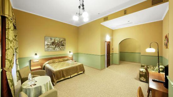 弗拉波利酒店