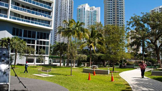 Icon Residences by Sunnyside Hotel and Resorts