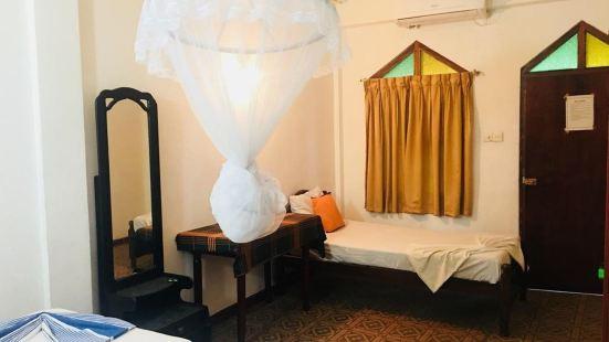卡薩蘭卡酒店