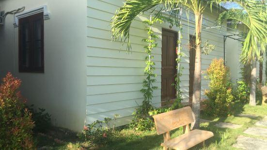 Tina Bungalow Guesthouse