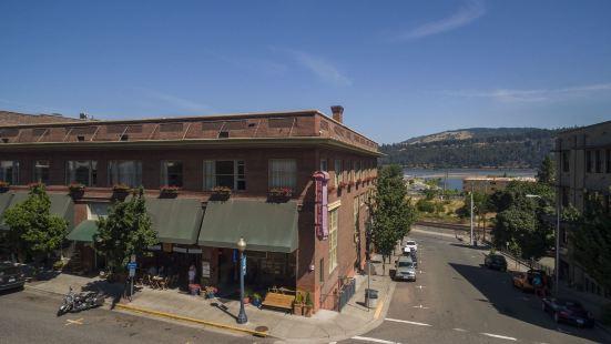 Hood River Hotel