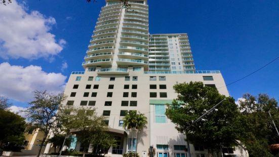 Mia Luxe Properties at Mutiny Park Condominium-Hotel