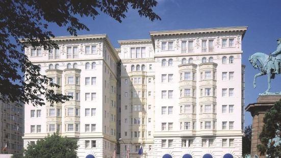 使館區邱吉爾酒店