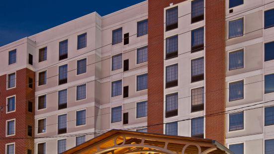 印第安納波利斯市中心-會議中心宿之橋套房酒店