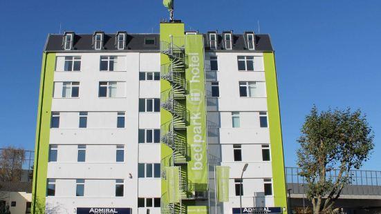 斯特靈根貝德帕克酒店