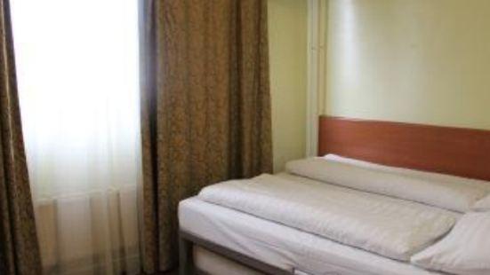 DAM Hotel