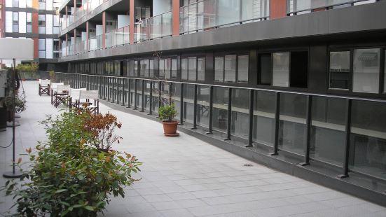 蒙特胡依克公寓式酒店
