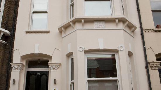 Clapham Guest House