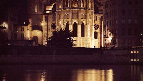 里昂瑪瑪謝爾特酒店