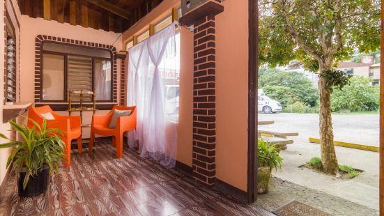 Hakuna Matata Guest House - Hostel